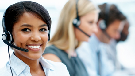 Customer support person in call center